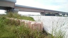 圏央道の橋脚の保護工11